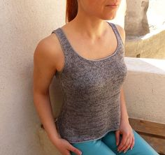 Ravelry: Airgead pattern by Mona C. Knitted Tank Top, Summer Tops, Santorini, Knits, Ravelry, Hooks, Knit Crochet, Stitches, Hobbies