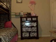 Google Image Result for http://images1.americanlisted.com/nlarge/4_drawer_hand_painted_zebra_striped-wood_dresser_300_waco_9517927.jpg