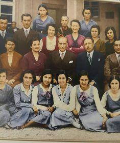 """Point """"Ataturk"""" starb am Tag des Dozenten der Universität Istanbul . Turkish Army, The Turk, Star Wars, Turkish Fashion, Great Leaders, World Peace, Travel Memories, Historical Pictures, World Leaders"""