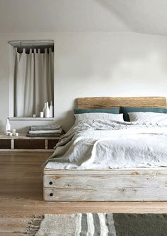 A platform bed is a bed which is raised on closely set slats or a platform. A platform bed frame requires just a mattress without a box spring. Home Bedroom, Bedroom Decor, Bedroom Ideas, Bedroom Furniture, Master Bedroom, Pallet Furniture, Furniture Ideas, Bedroom 2018, Bedroom Suites