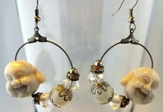 I love the buddha beads, so I designed these beautiful earings, one of a kind because I only made one of these. € 10,75