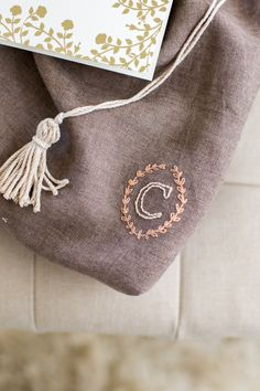 flax & twine: embroidered project bag