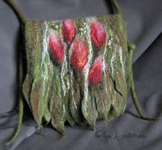 Felted bag tulips Gallery.ru / Фото #59 - BAGS - renew