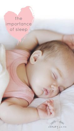 Confused by conflicting advice, people often ask me for the rules and regulations regarding sleep. The reality is the amount of sleep a baby needs. Newborn Baby Photography, Baby Needs, Baby Hacks, Baby Accessories, Baby Feeding, Baby Sleep, Maternity Fashion, New Moms, Breastfeeding