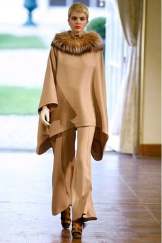 Alexis Mabille - Autumn/Winter 2011-12 Ready-To-Wear - PFW (Vogue.co.uk)
