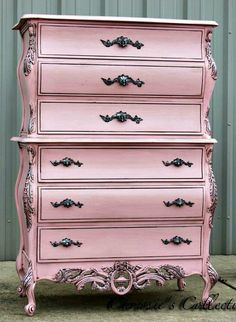The 3 Pieces of Furniture Essential for a Shabby Chic Bedroom – We Shabby Chic Pink Furniture, Refurbished Furniture, Upcycled Furniture, Shabby Chic Furniture, Furniture Makeover, Vintage Furniture, Cool Furniture, Painted Furniture, Furniture Stores