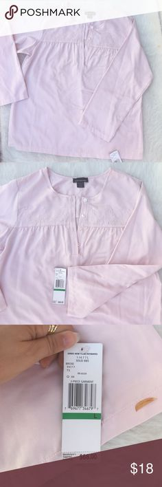 NWT Jones NY Blouse 💎🐚 New with tags Jones New York intimate top which can be used as a regular blouse beautiful pale pink coloring. One piece only. Size large Jones New York Tops Blouses