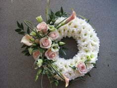 Send Sweet Wreath of Love in Granbury, TX from Town and Country Floral Gallery, the best florist in Granbury. All flowers are hand delivered and same day delivery may be available. Funeral Floral Arrangements, Table Flower Arrangements, Beautiful Flower Arrangements, Beautiful Flowers, Big Flowers, Spring Flowers, Grave Flowers, Funeral Flowers, Deco Floral