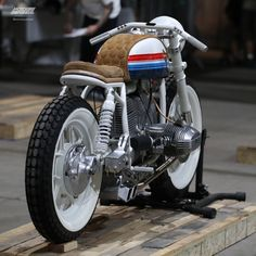 I fully have an appreciation for everything that they did with this custom-made Cx500 Cafe Racer, Cafe Racer Bikes, Cafe Racer Motorcycle, Motorcycle Clubs, Motorcycle Style, Bandidos Motorcycle Club, Outlaws Motorcycle Club, American Motorcycles, Vintage Motorcycles