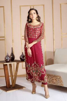 Hundreds of new looks updated every day! Pakistani Formal Dresses, Shadi Dresses, Pakistani Wedding Outfits, Pakistani Wedding Dresses, Pakistani Dress Design, Bridal Outfits, Indian Dresses, Pakistani Clothing, Net Dresses