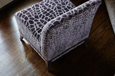 Details of the Amorette Silpper Chair