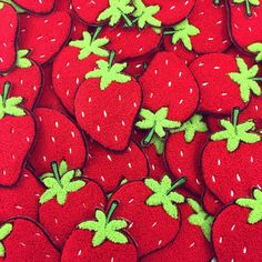 """The most insanely luscious giant strawberry chenille patch! This berry would look equally great on your denim sleeve or butt pocket. Measures in at 4""""x 2.5"""" wit"""