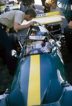 CARLOS REUTEMANN #F1 #Formula1 #GrandPrix #GrandPrixF1 #Ferrari #Williams #Lotus #Brabham #Ford #Cosworth #AlfaRomeo www.snaplap.net/...