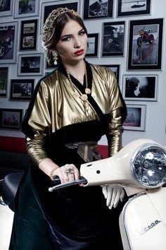 Queen of spades #hautearabia #luxury #abaya #UAE Lamya Abedin