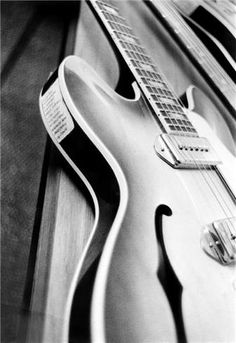 George Harrison's Guitar, Germany, 1966. © ROBERT WHITAKER, 1966 George's Epiphone Casino with Beatles set list.