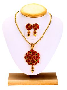 Pendant Necklace Set with Fancy Gold Beads