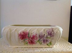 33.5cm x 10cm  MELROSE WARE ? GUM LEAF WITH HAND PAINTED DESIGN ON TEXTURED CREAM TROUGH