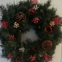Made my own Christmas wreath this year!