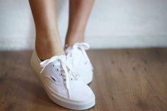 white Vans. i have always wondered what these looked like and they are so cute!