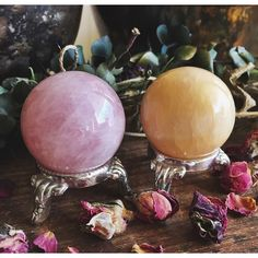 Rose Quartz & Yellow Calcite spheres will be available next week! Just a couple of the beauties I picked up today. I can't wait to show you what else I have!✨✨