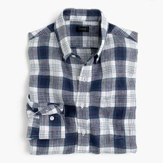 """This warm-weather staple's laid-back, airy vibe is thanks to its breathable délavé (French for """"faded"""") from Baird McNutt, the finest linen mill in Ireland, founded over a century ago. Honestly, though, we won't blame you if you forget all about the provenance-related details once you feel this shirt's incredible softness. <a href='https://hello.jcrew.com/2016-04-april/in-the-field-baird-mcnutt'><u>Learn more about Baird McNutt.</u></a> <ul><li>Slim fit, cut more narrowly through the body…"""