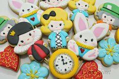 Dear Sweet: Alice In Wonderland!!!