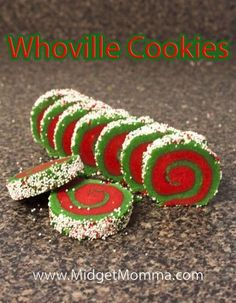 Grinch Crafts and Cute Treats These Whoville cookies are a great take on a yummy sugar cookie. They are just two different colored sugar dough rolled up with fun sprinkles. Grinch Cookies, Holiday Cookies, Holiday Baking, Christmas Desserts, Holiday Treats, Grinch Cake, Holiday Appetizers, Grinch Christmas Party, Christmas Snacks