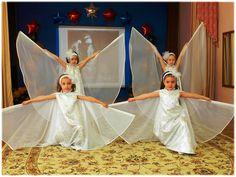 "Танец ""Мама""(Видео Валерии Вержаковой) Dance Workshop, Music School, Dance Recital, Folk Dance, Talent Show, Math For Kids, Kids Shows, Pre School, Choir"