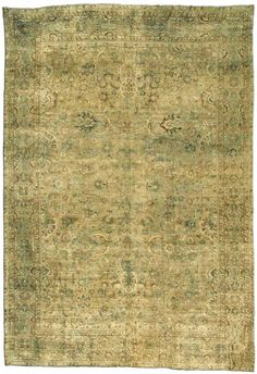 Persian rugs: Persian rug (antique) rug in pantone greenery color color, oriental rug, oriental pattern for modern, elegant interior decor, rug in living room #rug #persianrug