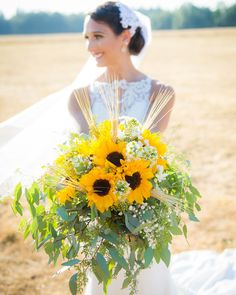 42 Brilliant Sunflower Wedding Bouquets For Happy Wedding sunflower wedding bouquets rustic wedding bouquet 42 Brilliant Sunflower Wedding Bouquets For Happy Wedding sunflower wedding bouquets rustic wedding bouquet wedding arrangements bouquets yellow Yellow Bouquets, Sunflower Bouquets, White Wedding Bouquets, Bride Bouquets, Wedding Flowers, Wedding Greenery, Bouquet Wedding, Greenery Bouquets, Sunflower Weddings