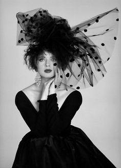 Isabella Rossellini- fabulous polka dot tulle!