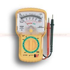 """http://termometer.dk/multimeter-r13262/generalle-multimetre-r13315/multimeter-analog-53-38073-r13317  Multimeter, analog  1.75 """"(45mm) analog display  Tre farvekodede skala for nem at læse  AC / DC spænding, DC, Modstand, Decibel-funktion  Integrerede testledninger, beskyttende hylster  1.5V og 9V batteri testfunktion Garanti: 2 År Leveringstid: 4-5 Uger"""