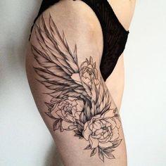 Inner Thigh Tattoos, Flower Thigh Tattoos, Flower Tattoo Shoulder, Torso Tattoos, Back Tattoos, Body Art Tattoos, Sleeve Tattoos, Mini Tattoos, Tribal Tattoos