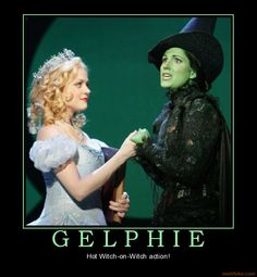 Gelphie.. Witch on Witch action!! haha ^_^