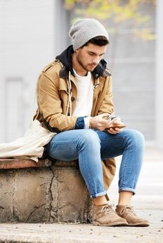 In fact today you will find men spending almost as much time as women in picking out their wardrobe. Of course, there is an element of Men's Street Style Outfits For Cool Guys so that they can look cool. Look Fashion, Winter Fashion, Fashion Outfits, Fashion Men, Teen Fashion, Men's Outfits, Spring Fashion, Fashion Clothes, Hipster Men's Fashion