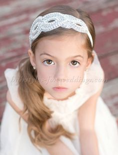 flower+girl+hairstyles,+flowergirl+hairstyles+-+flowergirl+hairstyle+with+headband