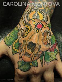Finished!   Freehand.  #freehand #tattoo #handtattoo #cat #skull #catskull #caromontoyatattoo #colortattoo #newtraditional Color Tattoo, I Tattoo, Cat Skull, Hand Tattoos, Traditional, Color Tattoos, Tattoo Colors