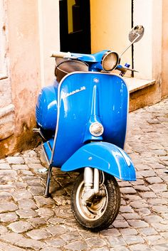 Love Vespa's, but can't afford one as beautiful as this? No problem. Our gorgeous RETRO VESPA cufflinks will have you sorted. www.babette-wasserman.com