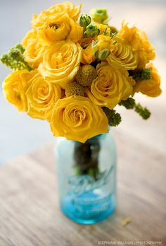 Pretty bouquet of yellow bil balls and ranunculus in blue mason jars - Yellow Wedding Flowers, Yellow Flowers, Beautiful Flowers, Pink Roses, Tea Roses, Exotic Flowers, Simply Beautiful, Yellow Bouquets, Beautiful Bouquets
