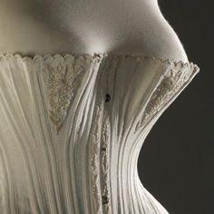 1870-1875  Corset made of cotton, silk and whalebone  Fashion Museum Bath