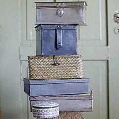 Bloomingville - love mixing baskets and boxes Periwinkle Blue, Purple Haze, Dusty Blue, Blue Grey, Vintage Tins, Vintage Suitcases, Antique Boxes, Tin Boxes, Little Boxes