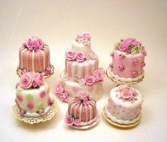 Petit four mini cakes