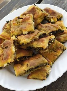 Greek Recipes, Veggie Recipes, Dessert Recipes, Good Food, Yummy Food, Delicious Recipes, Greek Cooking, Spanakopita, Finger Foods
