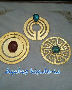 005958c8145e Dijes elaborados a mano en bronce somos taller de bronce. Agatas bisutería