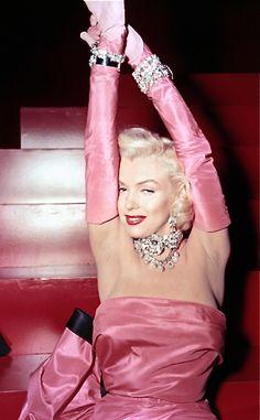 """""""Gentlemen Prefer Blondes"""" - Marilyn Monroe"""