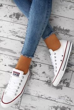 4c0698569663 Chuck Taylor Converse All Star White Trainers