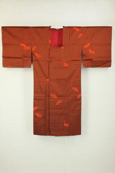 Red Rain Coat, Fan Pattern / 赤茶地 扇面柄 雨コート   #Kimono #Japan http://www.rakuten.co.jp/aiyama/
