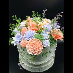 Floral Wreath, Wreaths, Cake, Instagram, Home Decor, Handmade Soaps, Floral Crown, Decoration Home, Door Wreaths