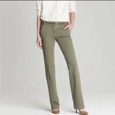 J. Crew Waverly Chino City Fit Sz 4 Light Olive EUC Only worn once. Light green khaki. Size 4 J. Crew Pants