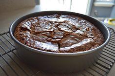 Only 4 ingredients!  Super easy gluten free brownies  lemon butter love: Chewy Flourless Chocolate Brownies